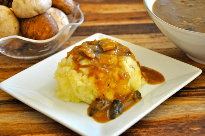 Rich and Delicious Vegan Mushroom Gravy