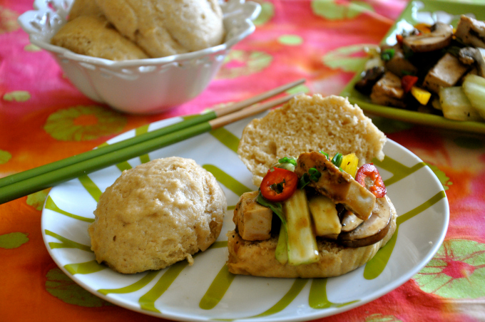 Vegan Stir-Fry in Coconut Buns