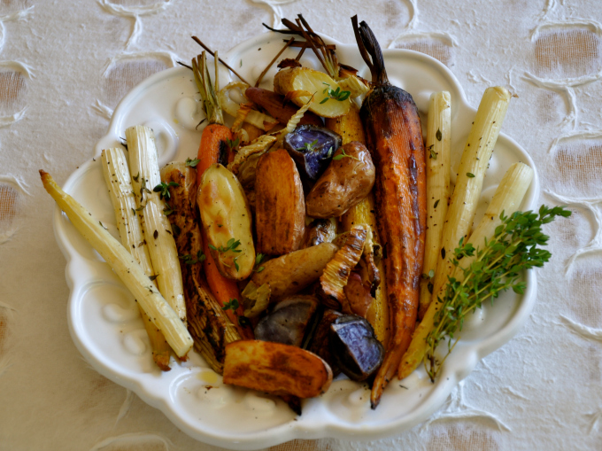 Roasted Vegetables with Crispy Fennel & Thyme Vinaigrette