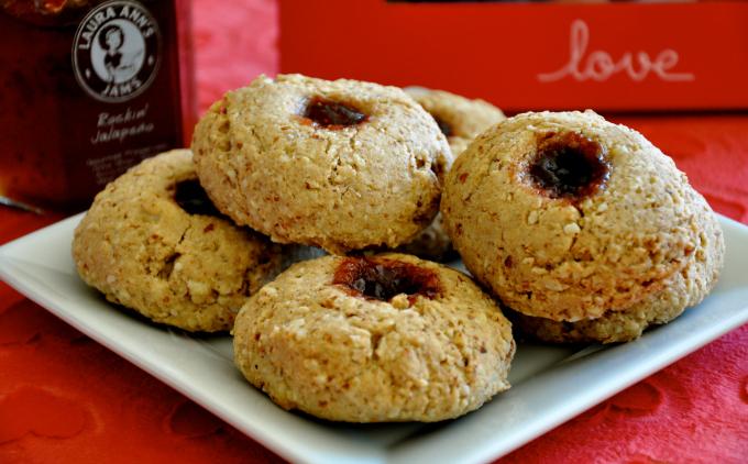 Biscotti Cookies With Strawberry Vanilla Bean Jam