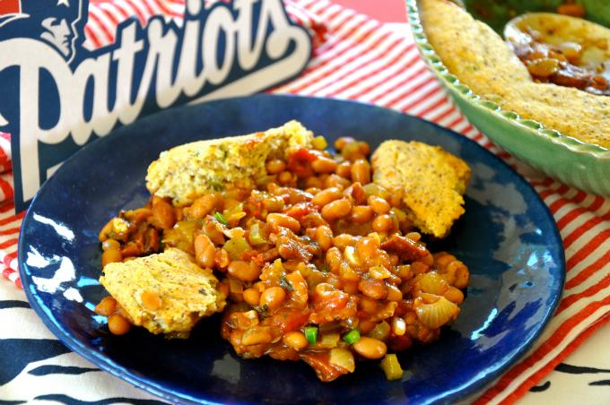Boston Baked Beans with Jalapeño Cornbread